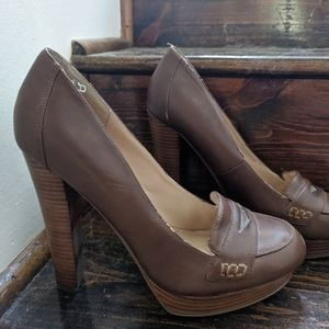 Guess Stacked Loafer Heels Size 10